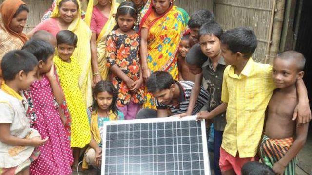 Solarsysteme für Familien in Bangladesch. Foto: ANDHERI HILFE e.V.