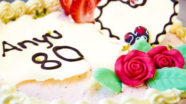 Geburtstagstorte Erdbeercremetorte